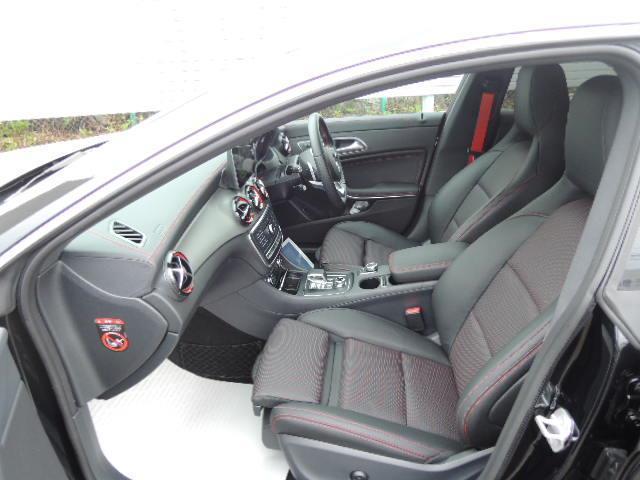 メルセデスAMG メルセデスAMG CLA45 4M シューティングブレーク 新車保証