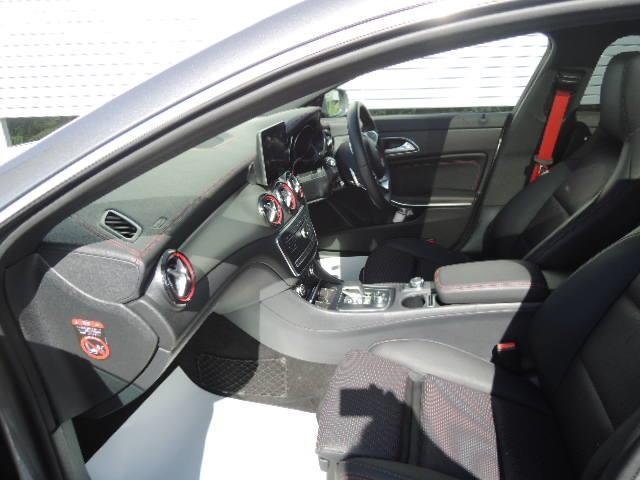 CLA45 4マチック 2年保証 新車保証(5枚目)