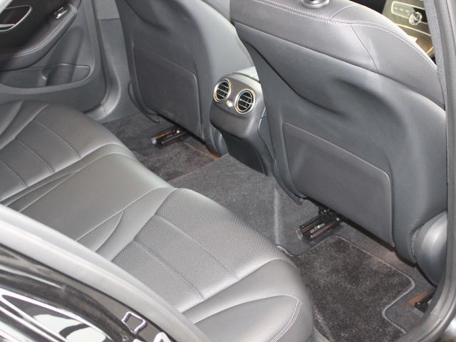 C220d ローレウスエディション ローレウスED スポーツプラス メルスデスミーコネクト レーダーセーフティ 電動トランク ヘッドアップディスプレイ アンビエントライト64色 ワイヤレスチャージング(8枚目)