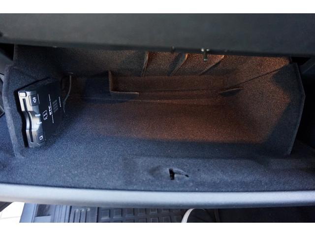 「ランドローバー」「ランドローバー ディスカバリー4」「SUV・クロカン」「東京都」の中古車25