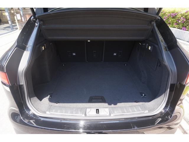 「ジャガー」「Fペース」「SUV・クロカン」「東京都」の中古車23