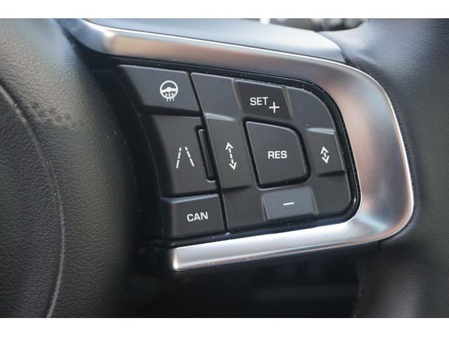 「ジャガー」「Fペース」「SUV・クロカン」「東京都」の中古車12