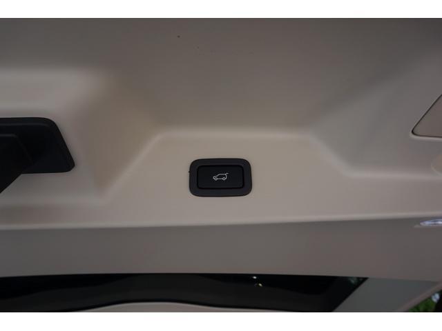 オートバイオグラフィー 4WD 5.0V8スーパーチャージドエンジン スライディングパノラミックルーフ(29枚目)