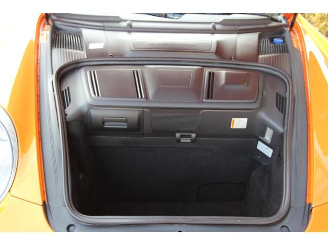 911ターボ 4WD 左ハンドル 19インチAW 6MT(16枚目)