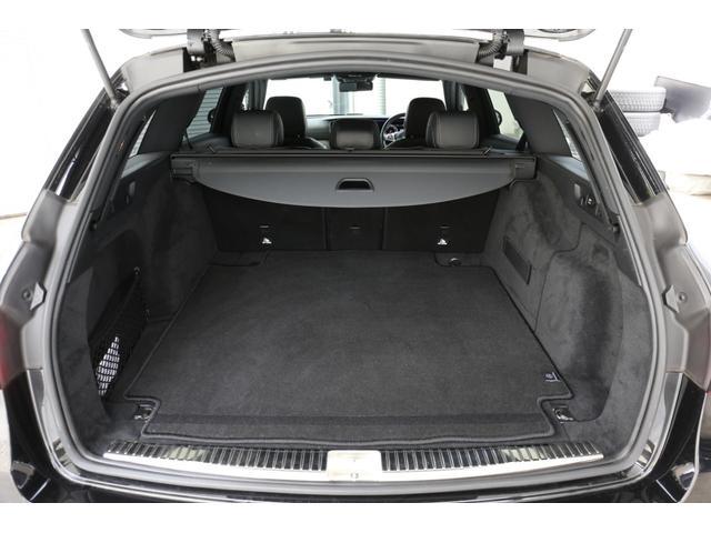 E220dステションワゴンアバンGスポツ(本革仕様) 本革シート(ナッパレザー) レーダーセーフティパッケージ 360°カメラ シートヒーター AMGスタイリングパッケージ エアバランスパッケージ 64色アンビエントライト 認定中古車 禁煙車(9枚目)