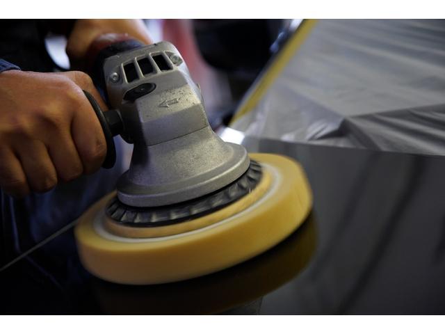 E220dステションワゴンアバンGスポツ(本革仕様) 本革シート(ナッパレザー) レーダーセーフティパッケージ 360°カメラ シートヒーター AMGスタイリングパッケージ エアバランスパッケージ 64色アンビエントライト 認定中古車 禁煙車(40枚目)