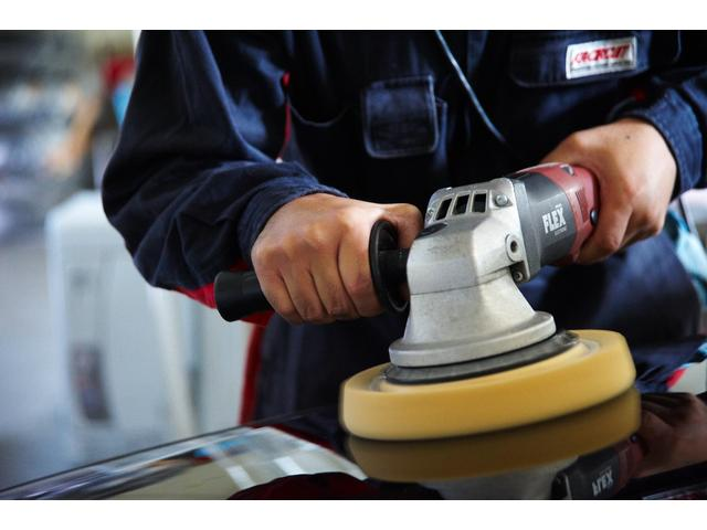 E220dステションワゴンアバンGスポツ(本革仕様) 本革シート(ナッパレザー) レーダーセーフティパッケージ 360°カメラ シートヒーター AMGスタイリングパッケージ エアバランスパッケージ 64色アンビエントライト 認定中古車 禁煙車(43枚目)