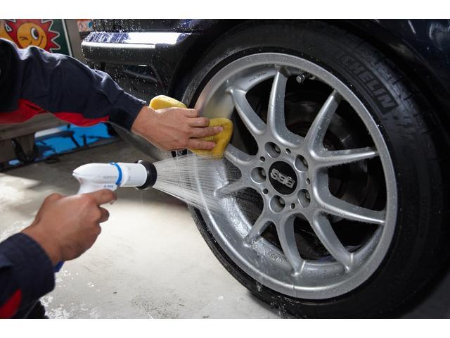 E220dステションワゴンアバンGスポツ(本革仕様) 本革シート(ナッパレザー) レーダーセーフティパッケージ 360°カメラ シートヒーター AMGスタイリングパッケージ エアバランスパッケージ 64色アンビエントライト 認定中古車 禁煙車(44枚目)
