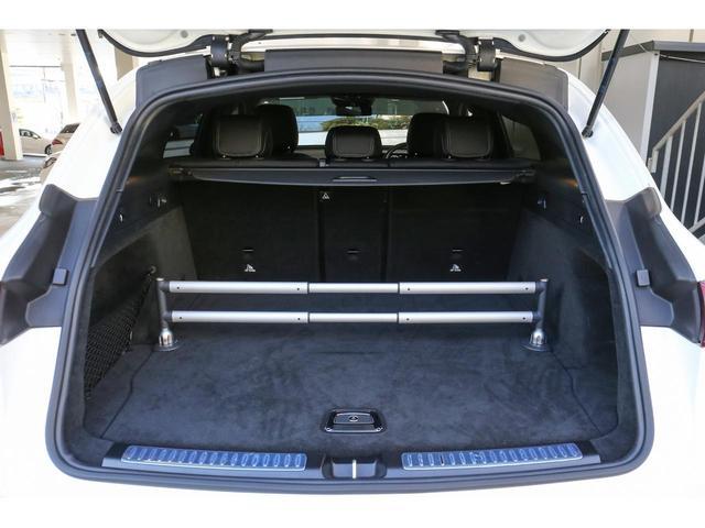 EQC400 4マチック AMGライン Brumesterサラウンドサウンドシステム AMGライン レーダーセーフティパッケージ MBUX 360°カメラ ガラススライディングルーフ ヘッドアップディスプレイ アンビエントライト 認定中古車(8枚目)