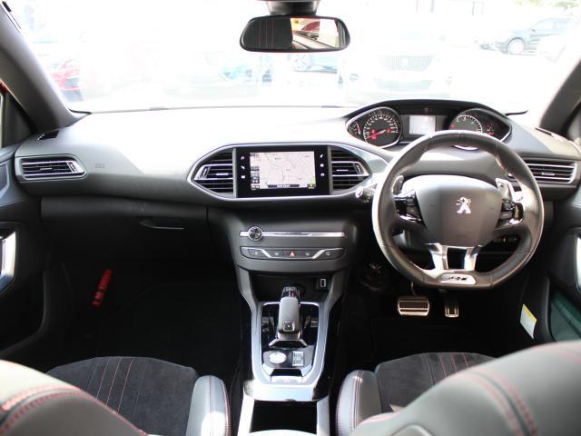 GT ブルーHDi 元・弊社デモカー 純正ナビ ETC Apple CarPlay/Android Auto フルLEDヘッドライト バックアイカメラ フロント&バックソナー アクティブセーフティブレーキ(3枚目)