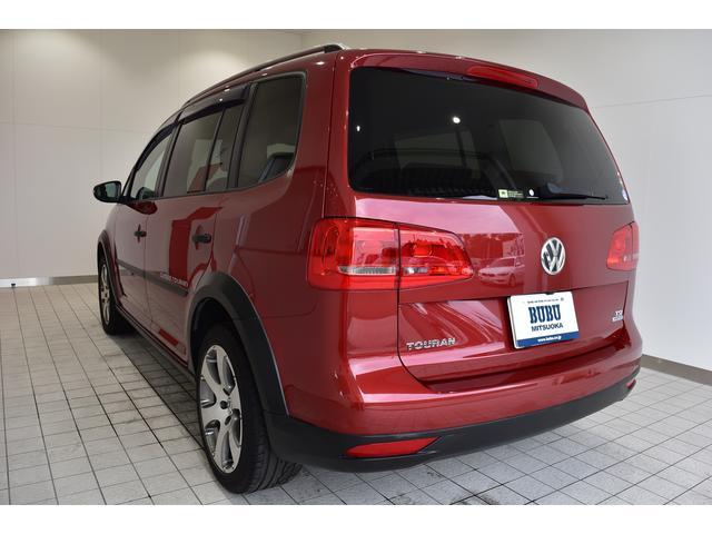 フォルクスワーゲン VW ゴルフトゥーラン クロストゥーラン ワンオーナー 純正ナビTV バックモニター