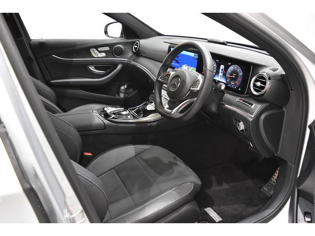 メルセデス・ベンツ M・ベンツ E200 アバンギャルド スポーツ 正規D車 ハーフレザー