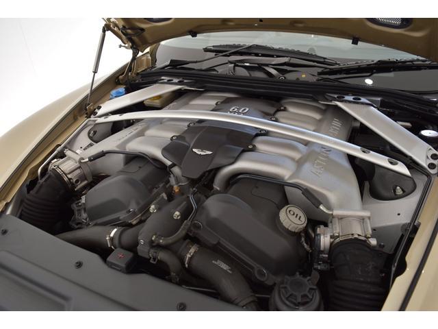 アストンマーティン アストンマーティン DB9 ヴォランテ 正規ディーラー車 ストラーダポップアップナビ