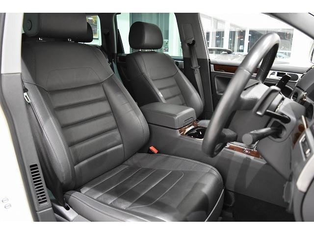 V6 黒革シート HDDナビ&地デジTV ディーラー車(12枚目)