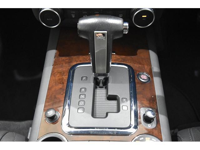 V6 黒革シート HDDナビ&地デジTV ディーラー車(15枚目)