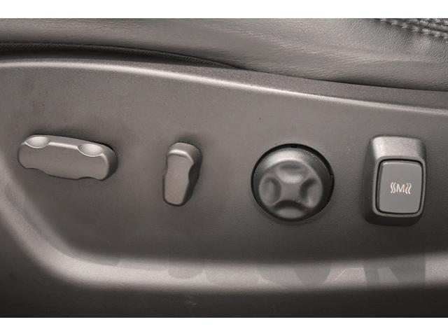 自社製品のGPS付ドライブレコーダー、HIDヘッドライト、LEDバルブ、純正パーツから社外パーツまで各種カスタムもOKです。些細な事でもお気軽にご相談下さい!