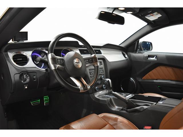 V6 プレミアム 2013yモデル 正規ディーラー車 ブラウン革シート シートヒーター SYNC USB Bluetooth バックカメラ 純正クローム18AW 車高調サス キーレスエントリー(4枚目)