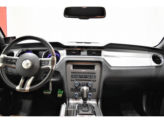 V6 プレミアム 2013yモデル 正規ディーラー車 ブラウン革シート シートヒーター SYNC USB Bluetooth バックカメラ 純正クローム18AW 車高調サス キーレスエントリー(6枚目)