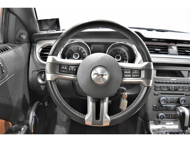 V6 プレミアム 2013yモデル 正規ディーラー車 ブラウン革シート シートヒーター SYNC USB Bluetooth バックカメラ 純正クローム18AW 車高調サス キーレスエントリー(10枚目)