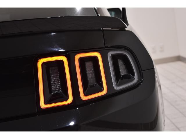 V6 プレミアム 2013yモデル 正規ディーラー車 ブラウン革シート シートヒーター SYNC USB Bluetooth バックカメラ 純正クローム18AW 車高調サス キーレスエントリー(19枚目)