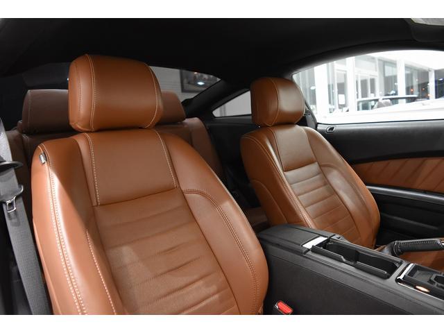 V6 プレミアム 2013yモデル 正規ディーラー車 ブラウン革シート シートヒーター SYNC USB Bluetooth バックカメラ 純正クローム18AW 車高調サス キーレスエントリー(24枚目)