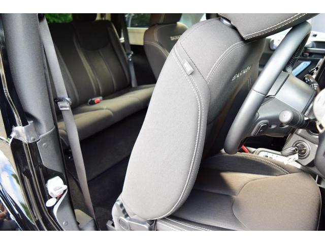 「その他」「クライスラージープ ラングラー」「SUV・クロカン」「神奈川県」の中古車11