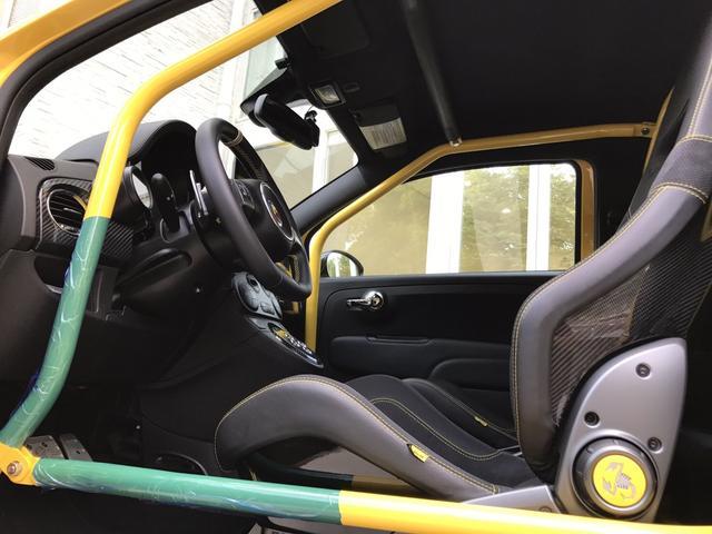 アバルト アバルト アバルト695 トリブートフェラーリ 新車並行輸入車 ディーラー整備済
