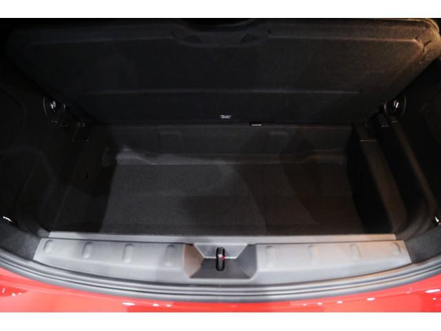 ジョンクーパーワークス 1オーナー マニュアル最終モデル 6MT ピアノブラックエクステリア JCWミラーキャップ シャギーチェックフロアマット 17インチJCWトラックスポーツブラックアルミ アダプティブLEDヘッドライト(39枚目)