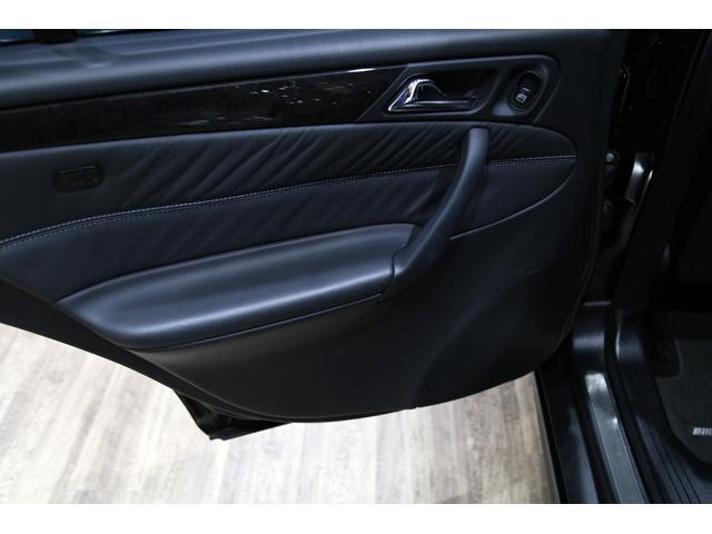 C55 AMG 後期型 右ハンドル 正規ディーラー整備記録11枚 オリジナル 18インチアルミ サンルーフ ブラックレザー シートヒーター ナビ パワーシート プライバシーガラス(27枚目)