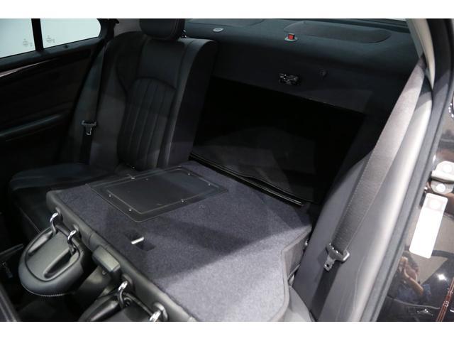 C55 AMG 後期型 右ハンドル 正規ディーラー整備記録11枚 オリジナル 18インチアルミ サンルーフ ブラックレザー シートヒーター ナビ パワーシート プライバシーガラス(29枚目)