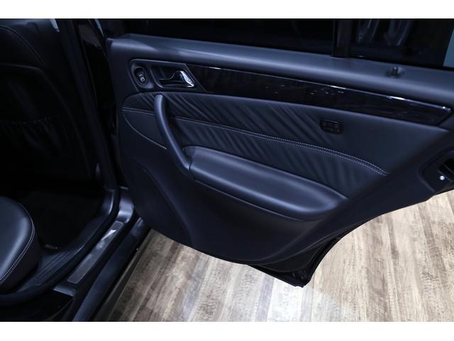 C55 AMG 後期型 右ハンドル 正規ディーラー整備記録11枚 オリジナル 18インチアルミ サンルーフ ブラックレザー シートヒーター ナビ パワーシート プライバシーガラス(50枚目)