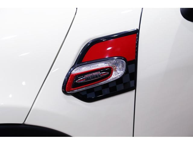 ジョンクーパーワークス 1オーナー 6MT マニュアル トラックスタイル TLC5年サービスパッケージ付 カメラ&パーキングアシストパッケージ アダプティブサスペンション シートヒーター プライバシーガラス(13枚目)