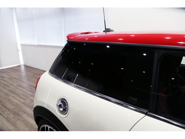 ジョンクーパーワークス 1オーナー 6MT マニュアル トラックスタイル TLC5年サービスパッケージ付 カメラ&パーキングアシストパッケージ アダプティブサスペンション シートヒーター プライバシーガラス(26枚目)