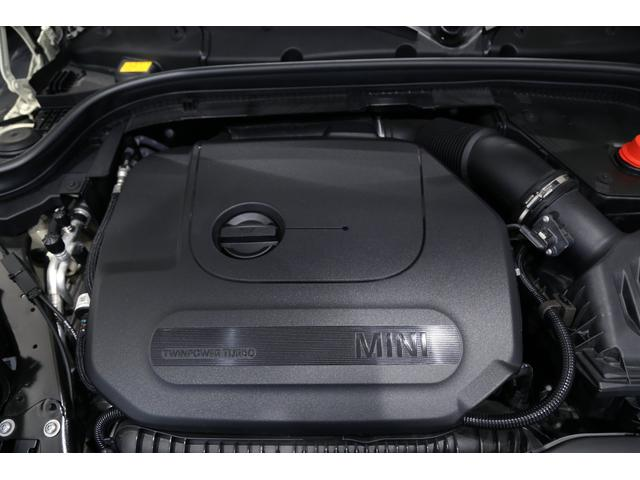 ジョンクーパーワークス 1オーナー 6MT マニュアル トラックスタイル TLC5年サービスパッケージ付 カメラ&パーキングアシストパッケージ アダプティブサスペンション シートヒーター プライバシーガラス(37枚目)