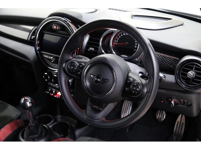 ジョンクーパーワークス 1オーナー 6MT マニュアル トラックスタイル TLC5年サービスパッケージ付 カメラ&パーキングアシストパッケージ アダプティブサスペンション シートヒーター プライバシーガラス(47枚目)