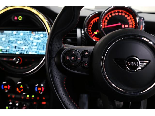 ジョンクーパーワークス 1オーナー 6MT マニュアル トラックスタイル TLC5年サービスパッケージ付 カメラ&パーキングアシストパッケージ アダプティブサスペンション シートヒーター プライバシーガラス(60枚目)