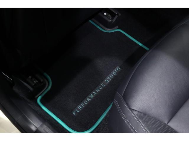 A45AMG4マチックペトロナスグリーンエディション 特別仕様車/限定30台/専用装備/AMGパフォーマンススタジオ/F1チーム/メルセデスAMGペトロナスフォーミュラーワン/専用デカール/アルカンターラステア/カーボンインテリア/19インチアルミ/(28枚目)
