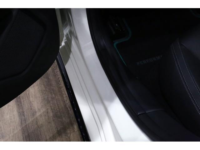 A45AMG4マチックペトロナスグリーンエディション 特別仕様車/限定30台/専用装備/AMGパフォーマンススタジオ/F1チーム/メルセデスAMGペトロナスフォーミュラーワン/専用デカール/アルカンターラステア/カーボンインテリア/19インチアルミ/(29枚目)