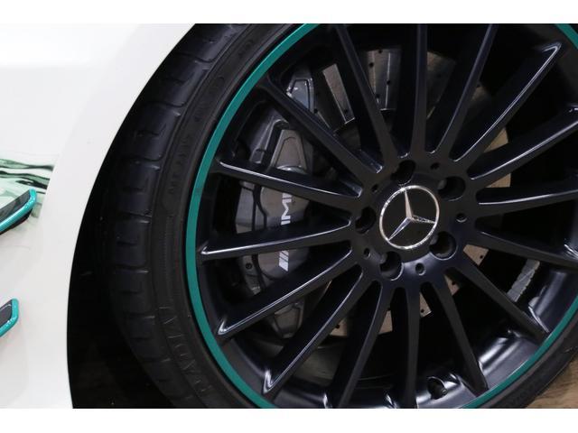 A45AMG4マチックペトロナスグリーンエディション 特別仕様車/限定30台/専用装備/AMGパフォーマンススタジオ/F1チーム/メルセデスAMGペトロナスフォーミュラーワン/専用デカール/アルカンターラステア/カーボンインテリア/19インチアルミ/(35枚目)