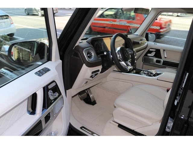 「その他」「メルセデスAMG」「SUV・クロカン」「東京都」の中古車31