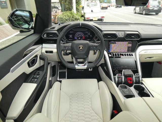 「ランボルギーニ」「ウルス」「SUV・クロカン」「東京都」の中古車30