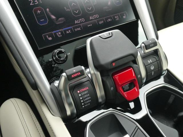「ランボルギーニ」「ウルス」「SUV・クロカン」「東京都」の中古車36