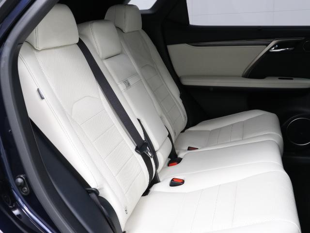 「レクサス」「RX」「SUV・クロカン」「東京都」の中古車19