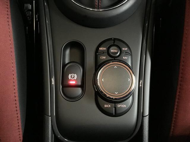 「MINI」「MINI」「SUV・クロカン」「東京都」の中古車17