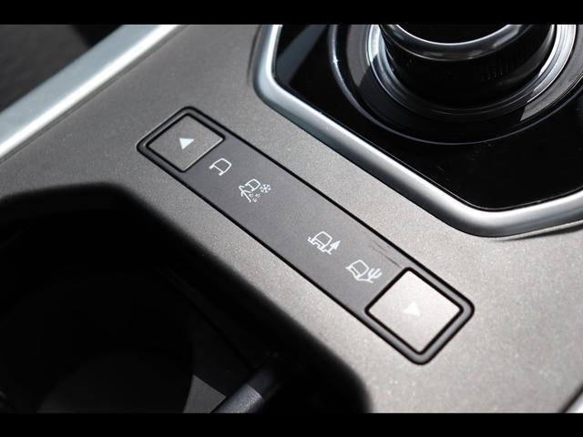 SE 2.0L P240 4WD 純正SSDナビ/デジタルテレビ サラウンドカメラ シートヒーター ハンズフリーテールゲート MERIDIAN 自動緊急ブレーキ 認定中古車 2年保証付(6枚目)