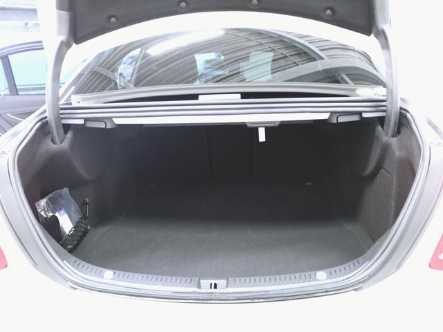 E200 アバンギャルド スポーツ レザーパッケージ 2年保証 新車保証(8枚目)