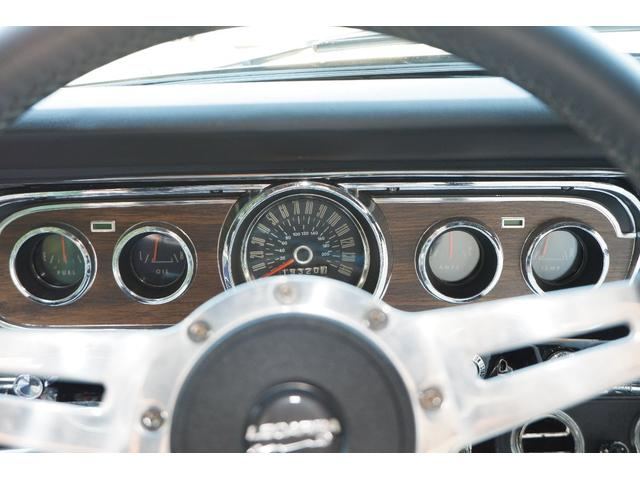 コンバーチブル V8 フルレストア済車両(10枚目)