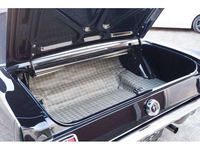 コンバーチブル V8 フルレストア済車両(18枚目)