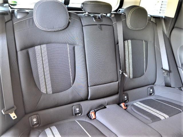 クーパーS クラブマン 認定中古車 ワンオーナー HDDナビ LEDヘッドライト バックカメラ ドライビングモード Dアシスト 17インチ黒AW(15枚目)