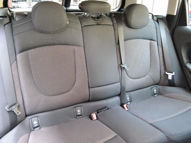 クーパーD クラブマン 認定中古車 ワンオーナー HDDナビ LEDヘッドライト バックカメラ 17インチブラックAW(14枚目)